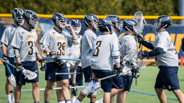 MLAX team huddle 2
